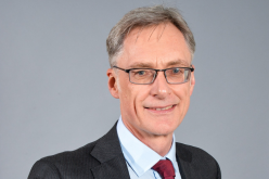 IoD awards fellowship to Yorkshire and Lupton Fawcett lawyer Jonathan Oxley
