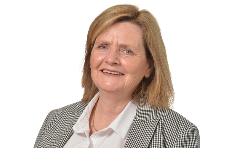 Conveyancer moves back toLCF Residential
